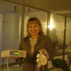 DSC04208 Автор технологий с аппаратом,который восстанавливает волосы.
